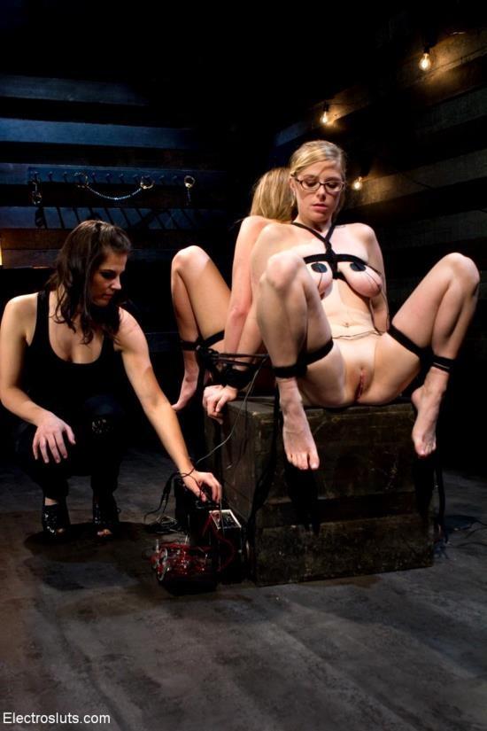 ElectroSluts/Kink - Bobbi Starr, Lizzy London, Penny Pax - Fucking Electrical Threeway! (HD/720p/339 MB)