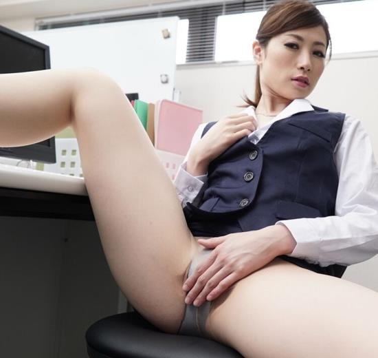 Heyzo - Maiko Saegimi - Naughty Way to Deal with Complaints (FullHD/1080p/2.40 GB)