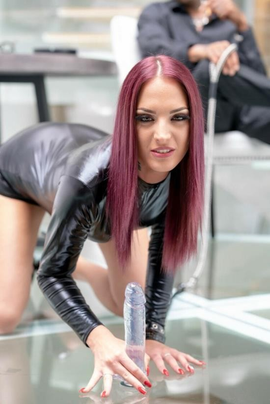 BlacksOnSluts/Private - Lyen Parker - Horny Brunette Hungry For Interracial Anal (HD/720p/885 MB)