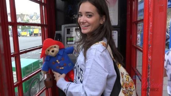 ATKGirlfriends - Gia Paige - Virtual Vacation London 4/5 (FullHD/1080p/2.41 GB)