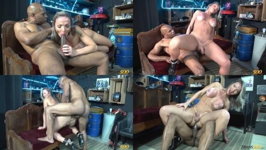 Trans500 - Carla Novaes - Cocking Ms.Carla Novaes (HD/720p/1.83 GB)