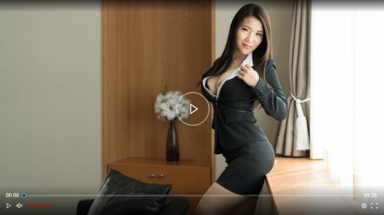 Erito - Asian - Business Babe Gets Soaking Wet (HD/720p/1.33 GB)