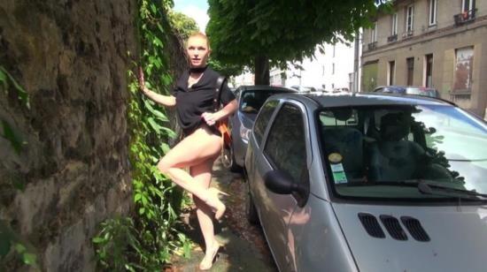 JacquieEtMichelTV/Indecentes-Voisines - Gabrielle - Gabrielle, 41ans, prof de pole dance (FullHD/1080p/1.13 GB)