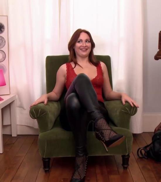 JacquieEtMichelTV/Indecentes-Voisines - Eva - Eva, 27ans, un casting de folie! (FullHD/1080p/1.63 GB)