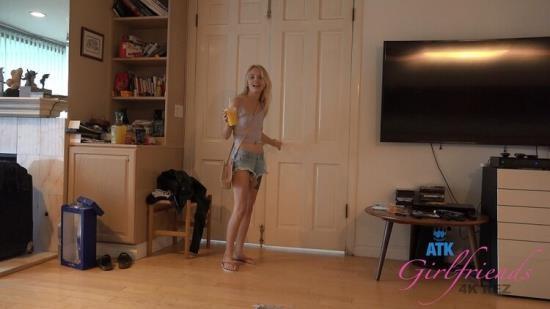 ATKGirlfriends - Kate Bloom - POV Sex (FullHD/1080p/1.52 GB)