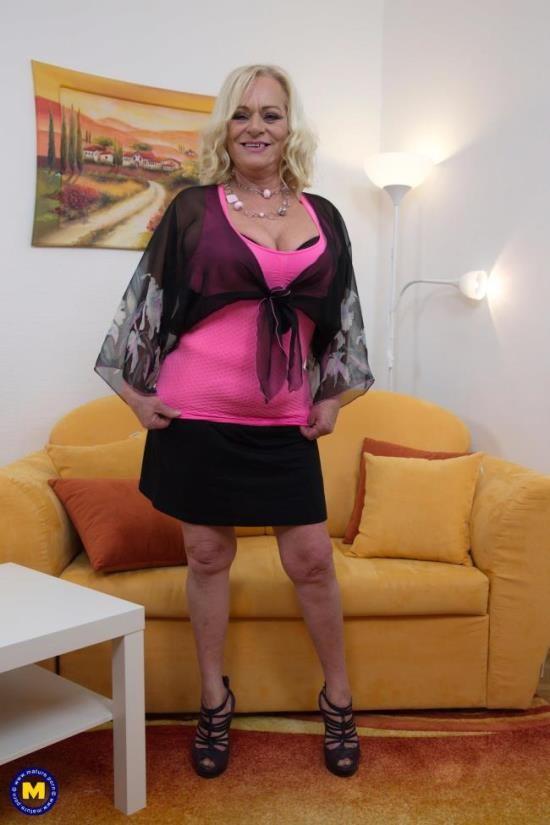 Mature.nl - Sara V. (54) - HARDCORE (FullHD/1080p/2.01 GB)