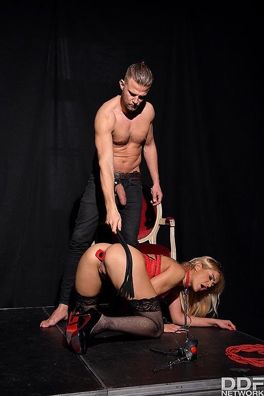 HouseOfTaboo/DDFNetwork - Cherry Kiss - Submissive Anal Punishment (HD/720p/1016 MB)