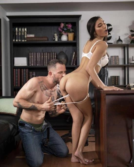 Babes - Gianna Dior - The Sessions: Part 10 (FullHD/1080p/1.18 GB)