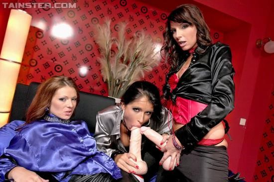 SlimeWave/Tainster - Nessa Devil, Lena Cova, Mischelle - Strap-On Lesbos Can Blow Mega Loads, Too (FullHD/1080p/1.07 GB)