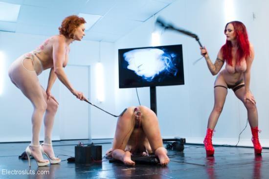 ElectroSluts/Kink - Audrey Hollander, Mz Berlin And Bianca Stone - Ass Up Sensory Deprivation Electro DP!! (HD/720p/937 MB)
