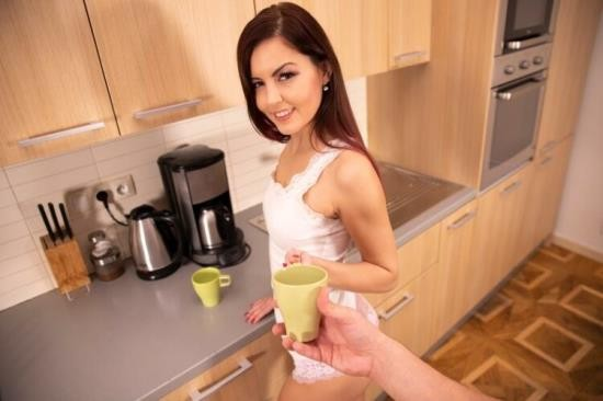 VRSexperts - Cindy Shine - Morning Tea With Your Lovely Girlfriend (UltraHD 2K/1920p/2.50 GB)