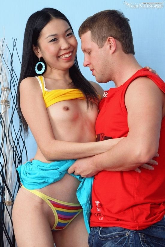 TeenPornStorage - Nicole - Amazing Sex (HD/720p/663 MB)