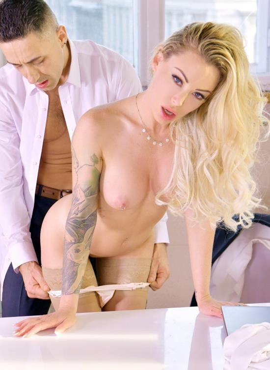 LegalPorno - Isabelle Deltore - Australian Pornstar Isabelle Deltore Goes In For Hardcore Anal Sex Therapy GP1324 (FullHD/2.84 GB)