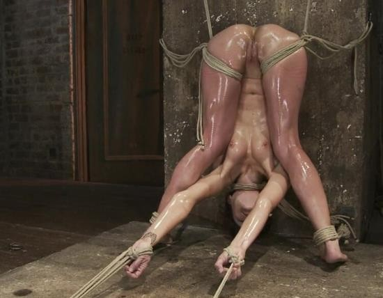 Hogtied/Kink - Amber Rayne - Amber Rayne Live Show Part 3 - Bent and Fisted (HD/720p/1.07 GB)