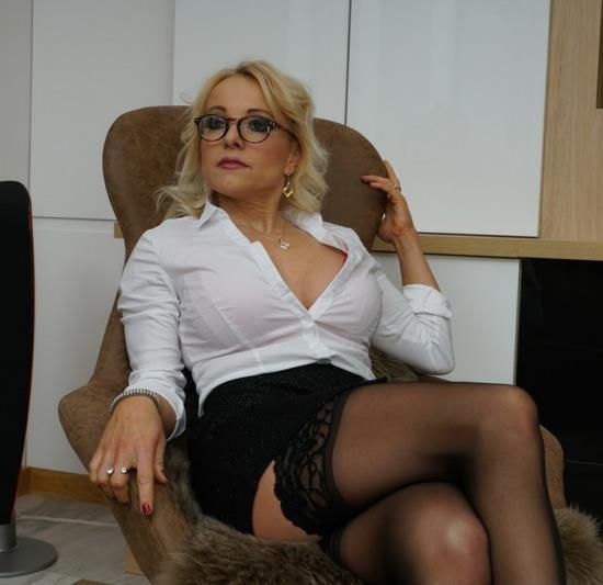 Mature.nl/Mature.eu - Tara Spades (40) - Hot MILF Tara Spades doing her toyboy (FullHD/1080p/1.41 GB)