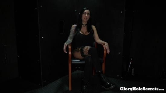 GloryHoleSecrets - Lilly Lane - Lilys First Gloryhole Video (FullHD/1080p/2.49 GB)