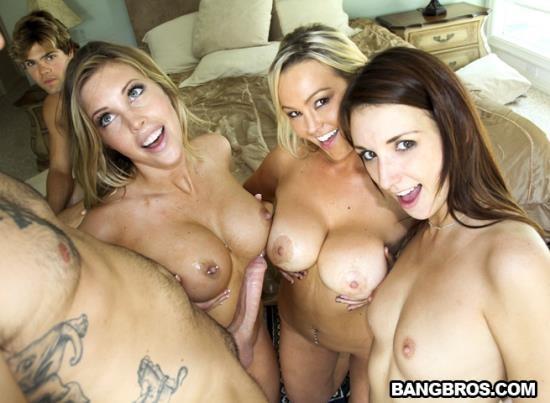 FuckTeamFive/BangBros - Katie Jordin, Abbey Brooks, Samantha Saint - Out Of Gas (HD/720p/1.09 GB)