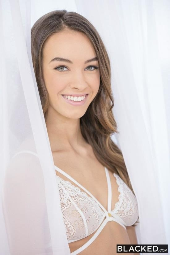 Blacked - Charity Crawford - Young and Adventurous (HD/720p/2.06 GB)