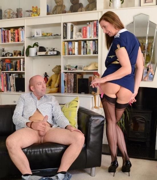LarasPlayGround/JimSlip - Lara Latex, Dave - Dave Is a London Cabbie (FullHD/1080p/2.19 GB)