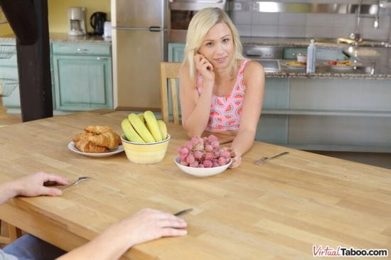 VirtualTaboo - Gabi Gold - Mommy's Out, Daddy's In (UltraHD 2K/1440p/4.59 GB)