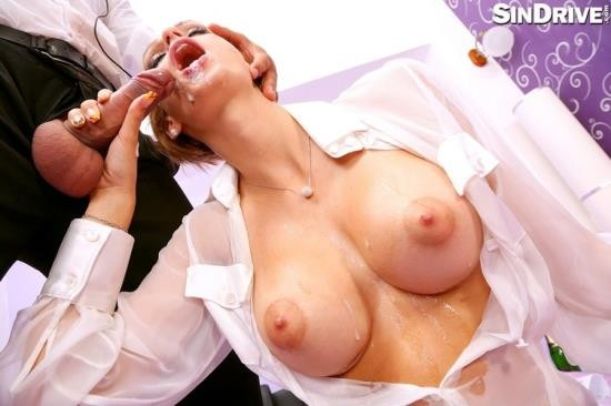 SinDrive - Erica Fontes - Shiny Pop Star Deep Throats The Meat Mic Until Soaked In Spit (FullHD/1080p/1.30 GB)