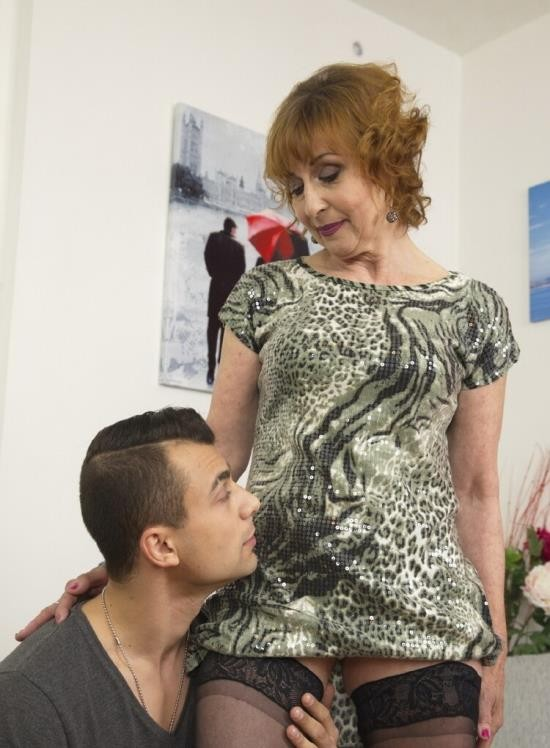 Mature.nl/Mature.eu - Danny (61) - Horny housewife doing her toyboy (FullHD/1080p/1.56 GB)