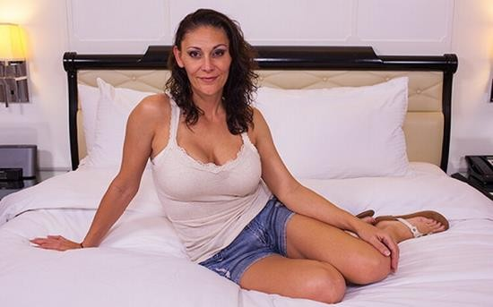 MomPov - Gabriela - A MILF that is practically a virgin (HD/720p/2.46 GB)