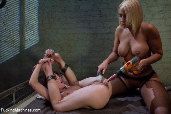 Fuckingmachines/Kink - Mellanie Monroe, Jessi P - Machine Fuck (HD/720p/800 MB)