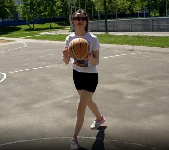 Pornhub - DickForLily - SPREAD THE BASKETBALL PLAYER TO SUCK AND LICK THE FORESKIN ORAL CREMPIE (FullHD/1080p/453 MB)