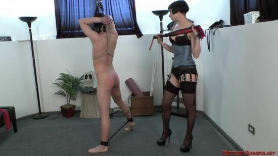 MistressJenniferAndFriends - Mistress Jennifer - Whip Melody With Miss Vera Lamarr (HD/720p/584 MB)