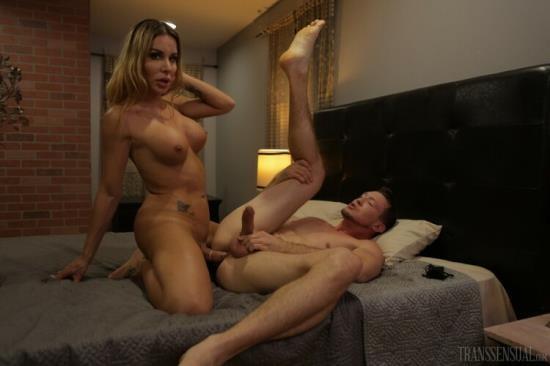 Transsensual - Pierce Paris, Marissa Minx - The Final Discussion (HD/720p/530 MB)