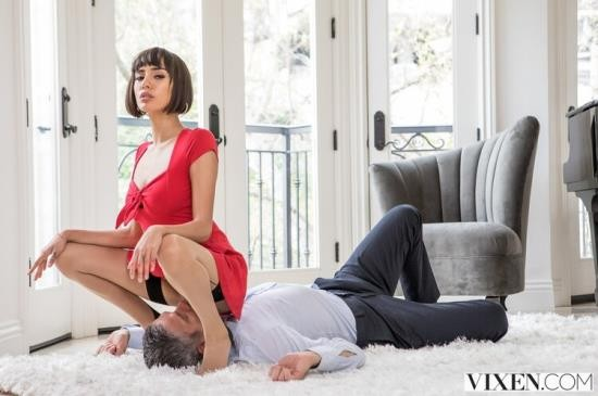 Vixen - Janice Griffith - Do I Have Your Attention? (HD/720p/1.71 GB)