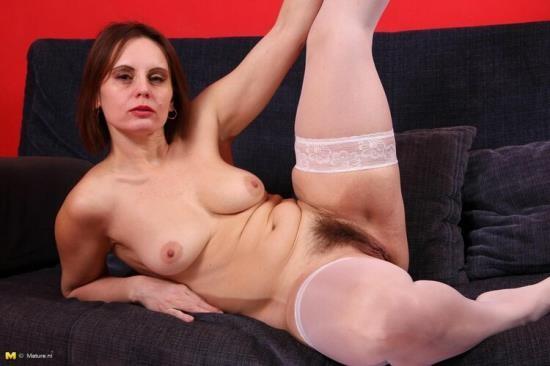 Mature.nl - Magda O. - mat-solo-jan64a (HD/720p/505 MB)