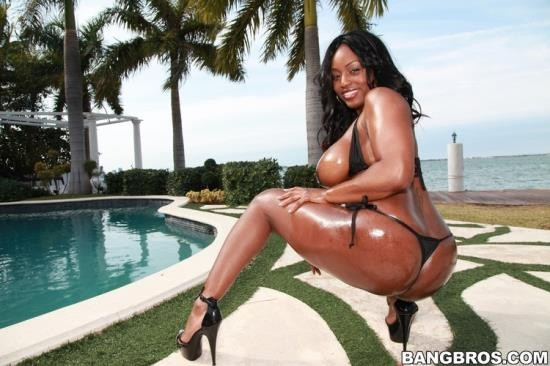 BrownBunnies/BangBros - Jada Fire - Banging out Jada Fire (HD/720p/910 MB)