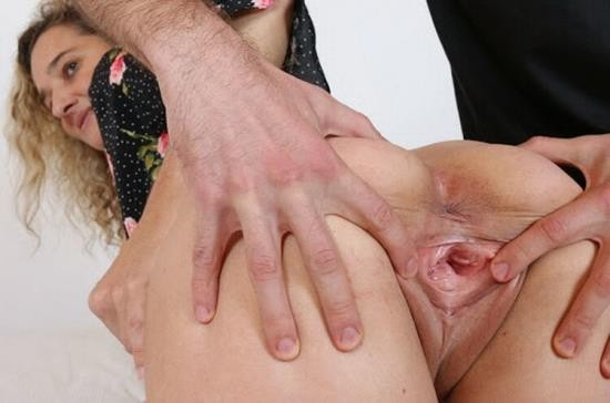 MatureGapers - Ameli Monk - Sexy busty MILF Ameli Monk gets pussy spreading, gaping and anal fuck from Travis (FullHD/1080p/975 MB)