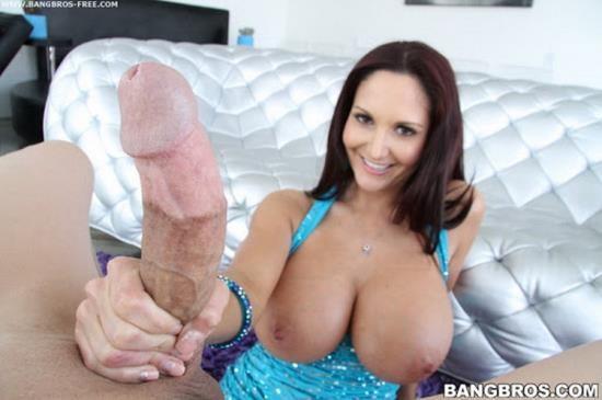 BigTitCreamPie/BangBros - Ava Addams - Big tit hot MILF gets her pussy creampie (HD/720p/1.05 GB)