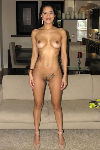 WoodmanCastingX - Abby Lee Brazil, Joleyn Burst - * Updated * (HD/720p/1.60 GB)