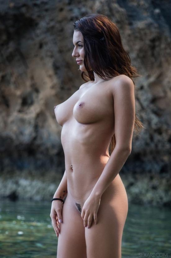 SexArt/MetArt - Nancy A, Vanessa Decker - Ocean Darling (HD/720p/550 MB)
