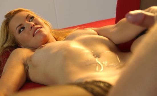TheWhiteBoxxx/PornDoePremium - Izzy Delphine - Lowkey Romance (FullHD/1080p/1.32 GB)