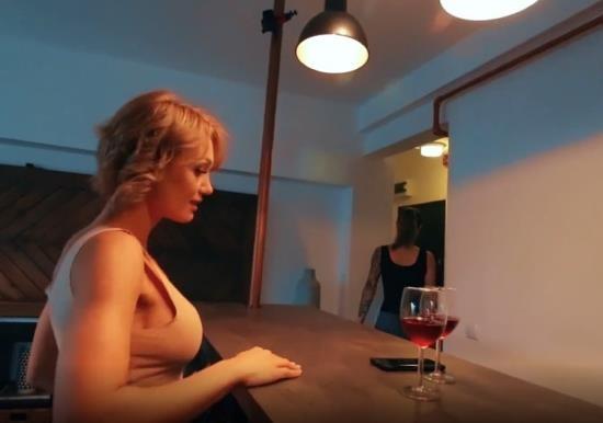 PornHub/PornHubPremium - midju show - WetKelly MiDju show Fucked Neighbor (FullHD/1080p/293 MB)