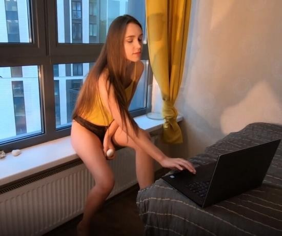 Pornhub - redkittycat - Slutty Stepsister Satisfies herself and Cum with Stepbrother at same Time (FullHD/1080p/243 MB)