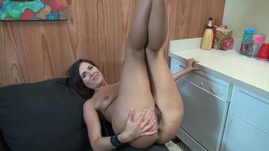 TabooDiaries - Helena Price - Mommys Been Waiting (FullHD/1080p/231 MB)