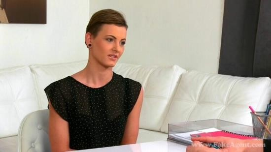 FakeAgent/Casting.xxx - Bella - Skinny Brunette Babe Sucks And Fucks In Casting (FullHD/1080p/892 MB)