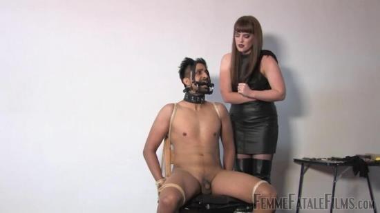 Femmefatalefilms - Miss Zoe - Snatched - Part 3 (HD/720p/61.7 MB)