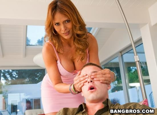 MILFLessons/BangBros - Monique Fuentes - A Lesson For The Ages (HD/720p/682 MB)