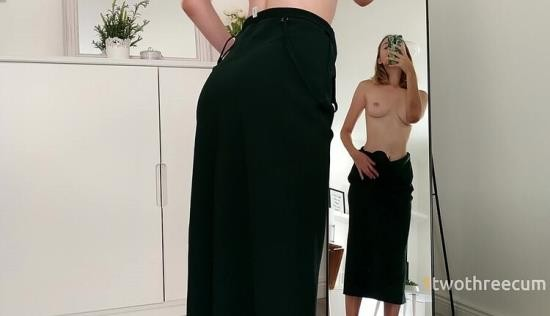Chaturbate - 1twothreecum - GIVE ME YOUR COCK AND WATCH MY FACE EXPRESSION IN THE MIRROR (FullHD/1080p/547 MB)