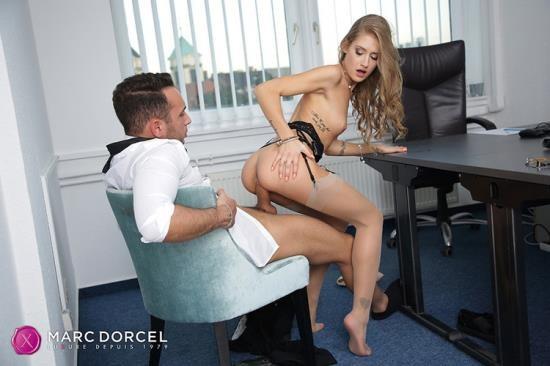 DorcelClub - Tiffany Tatum - Tiffany Tatum, wide open secretary (FullHD/1080p/386 MB)
