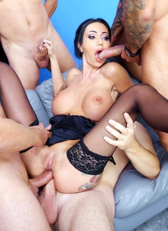 LegalPorno - Laura Fiorentino - DAP Destination Goes Wet, Laura Fiorentino 4 On 1 Balls Deep Anal And DP, Pee Drink, DAP, ButtRose, Creampie And Swallow GIO1594 (HD/2.16 GB)