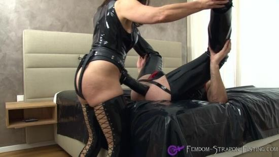 Femdom-Strapon-Fisting - Unknown - Extreme Femdom Strapon Fucking Destroys Male Asscunt (FullHD/1080p/1.00 GB)