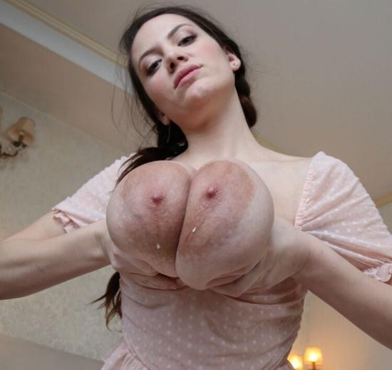 Nadine-J.de - Mary Selino - Manhandled (HD/720p/641 MB)